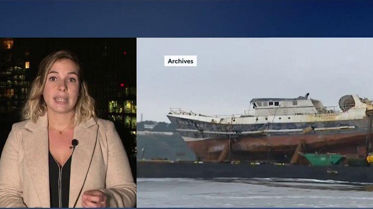 En 2004, leBugaledBreizhcoulait avec à son bord cinq marinsFrançais.18 ans après, la lumière n'a toujours pas été faite sur cette histoire qui continue de hanter les familles des victimes. En duplex depuis Londres, MaëlysSeptembredonne des précisions sur ce témoignage. (CAPTURE ECRAN FRANCE 2)