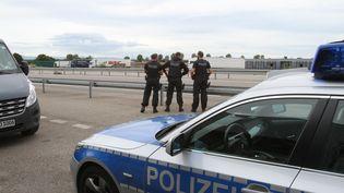 Contrôles de la police allemande à Ottmarsheim (Allemagne), le 16 sept 2015 (MAXPPP)