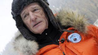 L'explorateur Jean-Louis Étienne en mars 2010, dans les Alpes. (PHILIPPE DESMAZES / AFP)
