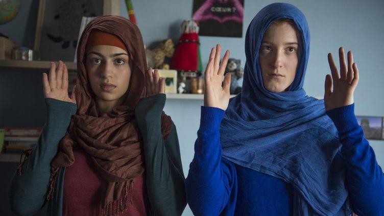 Sonia Lesaffre et Naomi Amarger, deux des jeunes actrices du film.  (Guy Ferrandis)