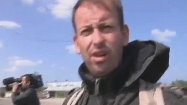 Le journaliste Gilles Jacquier, en Libye. (FTVI / FRANCE 2)