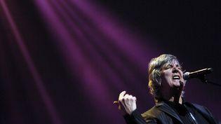 Le chanteur Jacques Higelin lors d'un concert retransmis sur France Inter, à la Maison de la Radio, le 23 mars 2007. (STEPHANE DE SAKUTIN / AFP)