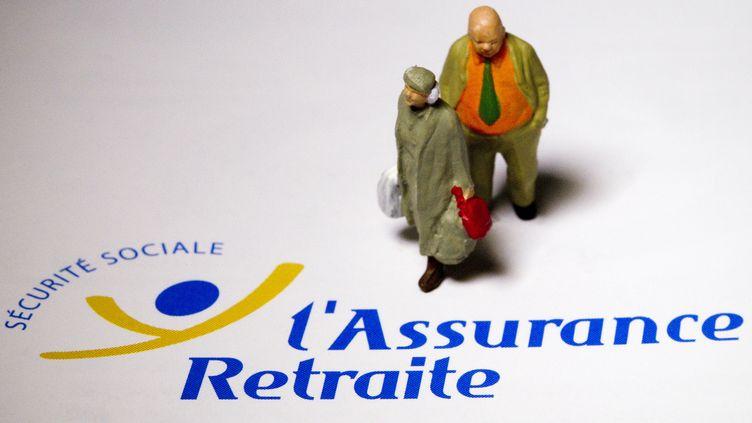 Pour réaliser plusieurs milliards d'euros d'économies, le gouvernement pourrait notamment agir sur les pensions de retraite. (JOEL SAGET / AFP)