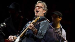 Le Dieu de la guitare Eric Clapton, ici en avril 2013 au Madison Square Garden.  (Charles Sykes/AP/SIPA)