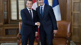 Emmanuel Macron et Justin Trudeau lors d'une rencontre à Ottawa, le 6 juin 2018. (IAN LANGSDON / AFP)