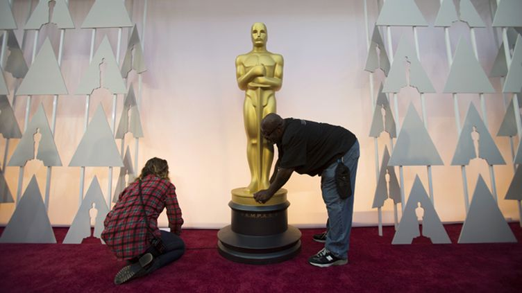 (Préparatifs de la 87e cérémonie des Oscars © REUTERS / Mario Anzuoni)