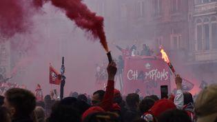 Des milliers de supporters ont acclamé leur équipe championne de France. (Hortense Leblanc)