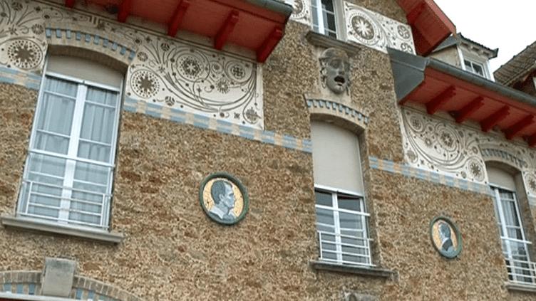 A Couilly-Pont-aux-Dames, la maison de retraite des artistes est un havre de paix et une malle aux trésors  (France 3 / Culturebox)