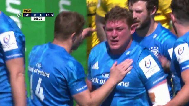 Après une première tentative en puissance avortée qui a coûté un carton jaune à Wiaan Liebenberg, le Leinster marque finalement un essai tout en puissance avec son pilier Tadhg Furlong pour mener rapidement 7-0 sur la pelouse de Marcel-Deflandre.