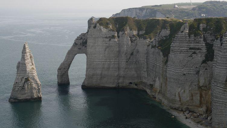 Les falaises d'Etretat (Seine-Maritime) en Normandie. (CATHERINE GRAIN / RADIO FRANCE)