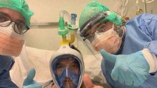 Coronavirus : en Italie, le système D contre la pénurie d'équipements médicaux (FRANCE 3)