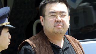 Kim Jong-nam, fils de l'ancien leader nord-coréen Kim Jong-il et frère de l'actuel, Kim Jong-un, le 4 mai 2001, au Japon. (TOSHIFUMI KITAMURA / AFP)