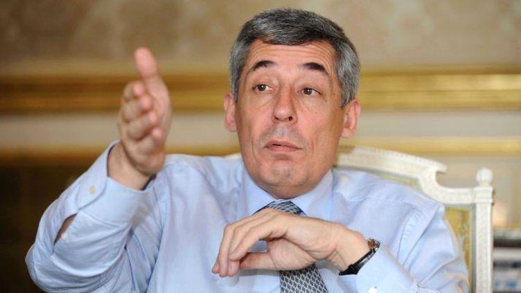 Henri Guaino dans son bureau à l'Elysée, à Paris, le 3 avril 2012. ( FLORENCE DURAND / SIPA)
