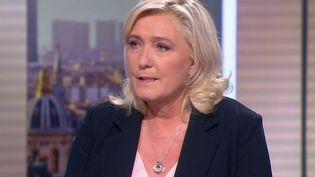 """Présidentielle 2022 : """"je vais gagner cette élection"""", affirme Marine Le Pen sur le plateau de France 2 (France 2)"""