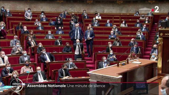 Attaque au couteau à Nice : une minute de silence à l'Assemblée Nationale