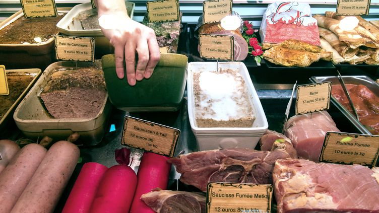 """""""Une cinquantaine"""" de boucheries ont été récemment vandalisées en France, selonla Confédération française de la boucherie-charcuterie et traiteurs (CFBCT). (PHILIPPE HUGUEN / AFP)"""