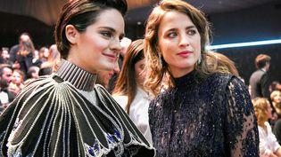 Les comédiennes Noémie Merlant et Adèle Haenel, le 28 février 2020 lors de la 45e cérémonie des César, à Paris. (PIROSCHKA VAN DE WOUW / REUTERS)