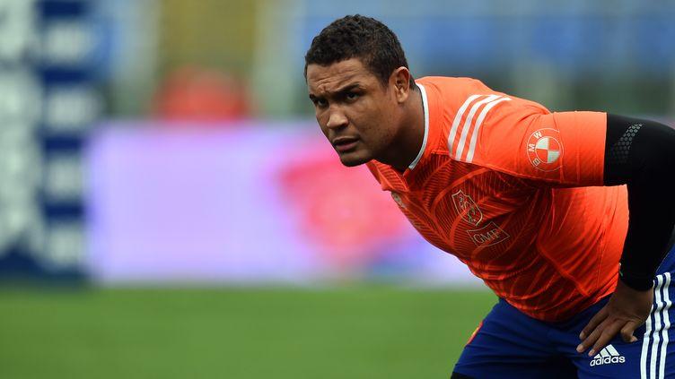 Thierry Dusautoir n'est pas remis de sa blessure au genou  (GABRIEL BOUYS / AFP)