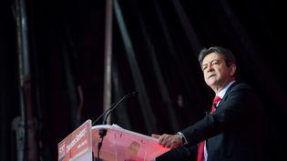 Jean-Luc Melenchon, leader du Front de gauche en meeting le 4 mai 2012 à Paris (MARTIN BUREAU / AFP)