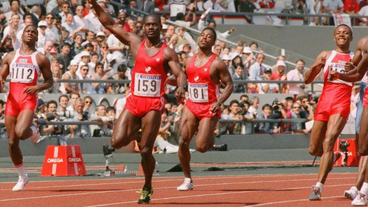 """Ben Johnson remporte le 100 m des JO de Séoul (1988) en 9""""79 avant d'être déclaré positif à des stéroïdes (- / AFP)"""