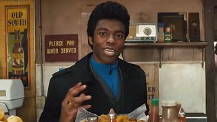 """Chadwick Boseman incarne James Brown dans """"Get On Up"""".  (Universal Pictures)"""