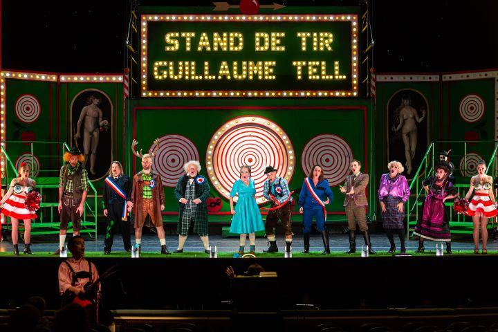 V'lan dans l'oeil de Hervé au théâtre du Châtelet (ERIC BOULOUMIE)