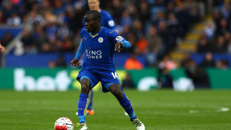 Ngolo Kanté avait été l'un des joueurs clés dans la conquête du titre de Leicester la saison passée (KIERAN MCMANUS / BACKPAGE IMAGES LTD)