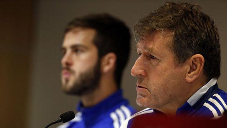 Safet Susic (au premier plan), lorsqu'il coachait la Bosnie-Herzégovine. (JACK GUEZ / AFP)