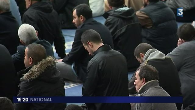 Attentats à Paris : les imams dénoncent le terrorisme