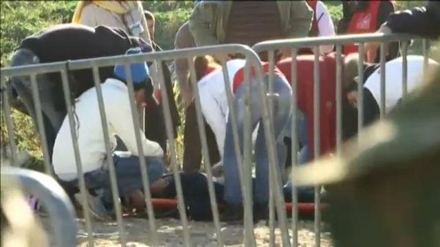 Des migrants à qui on refuse l'entrée en Macédoine se sont cousus les lèvres
