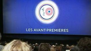 Le festival du film francophone d'Angoulême (Charente) bat son plein jusqu'à dimanche. Le temps d'un week-end, la ville est le baromètre du cinéma français. (france 2)