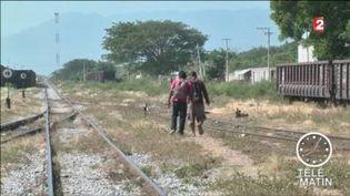 Des migrants tentent de passer du Mexique aux Etats-Unis (FRANCE 2)