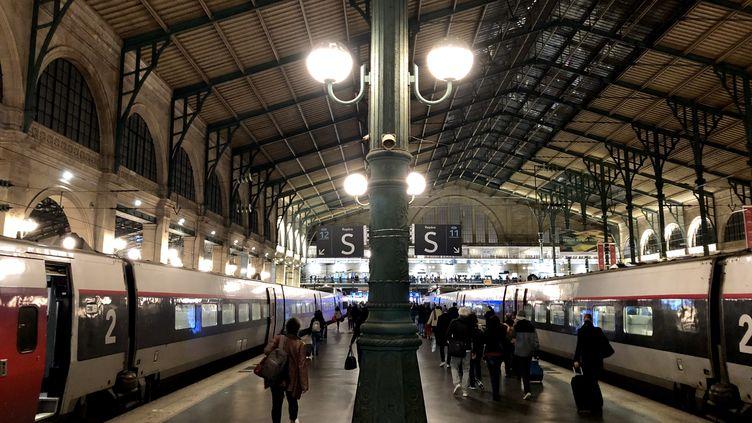 Les quais de la Gare du Nord à Paris, en 2019. (AURÉLIEN ACCART / FRANCE-INFO)