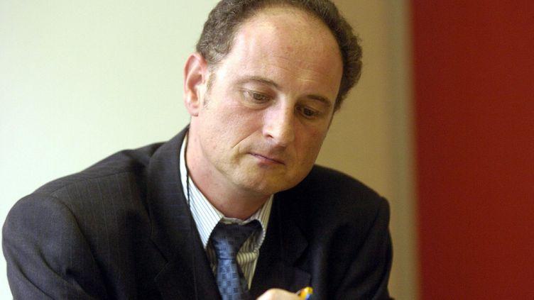 Le Pr William Dab, à Nancy, en 2004. (MAXPPP)