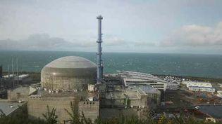 Le réacteur EPR Flamanville 3recouvert par un dôme(Manche). (DELPHINE SIMON / RADIOFRANCE)
