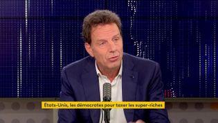 """Geoffroy Roux de Bézieux, président du Medef était l'invité du """"8h30 franceinfo"""", mardi 26 octobre 2021. (FRANCEINFO / RADIOFRANCE) (FRANCEIINFO / RADIO FRANCE)"""