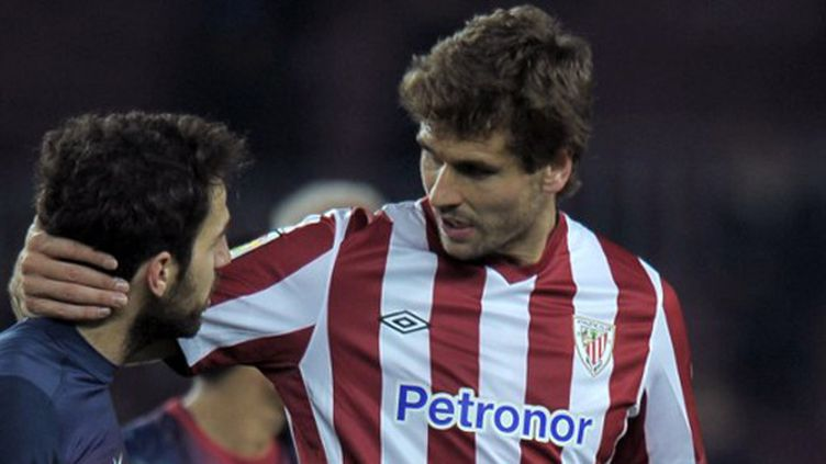 L'attaquant international de Bilbao, Fernando llorente, aux côtés de Cesc fabregas