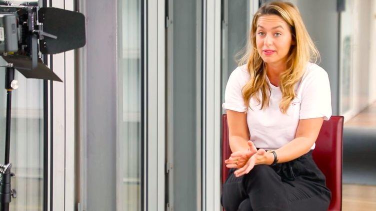 Boxe : la parcours de Kelly Bessis, boxeuse au pacemaker (France info)