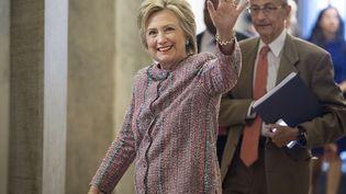 La candidate démocrate à la Maison Blanche, Hillary Clinton, et le responsable de sa campagne, John Podesta, arrivent au Congrès américain, à Washington D.C. (Etats-Unis), le 14 juillet 2016. (SIPANY / SIPA)