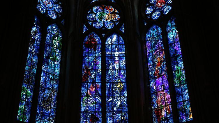 Les vitraux de la cathédrale de Reims (illustration). (OLIVIER BOITET / MAXPPP)