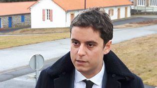 Gabriel Attal à Orcines (Puy-de-Dôme), le 14 janvier 2019. (EMMANUEL MOREAU / RADIO FRANCE)