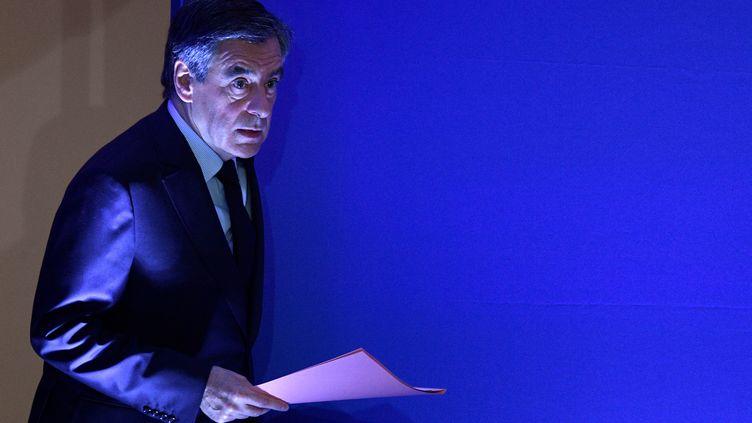 François Fillon, le 6 février 2017, à son QG de campagne à Paris, lors d'une conférence de presse. (MARTIN BUREAU / AFP)