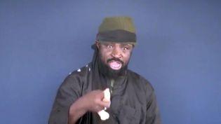 Le chef de Boko Haram, Aboubakar Shekau, dans une vidéo diffusée le 18 février 2015. ( BOKO HARAM / AFP)