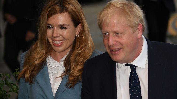 Le Premier ministre et sa compagne, le 28 septembre 2019. (OLI SCARFF / AFP)