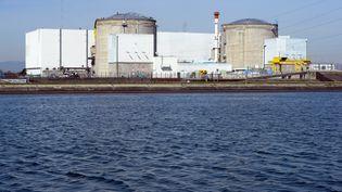 La centrale nucléaire de Fessenheim(Haut-Rhin) est photographiée le 18 mars 2014. (SEBASTIEN BOZON / AFP)
