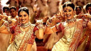 "Katrina Kaif et Aishwarya Raidans""Bollywood, la plus belle histoire d'amour jamais contée"" deRakeysh Omprakash MehraetJeff Zimbalist  (Shekhar Kapur & UTV Motion Pictures)"