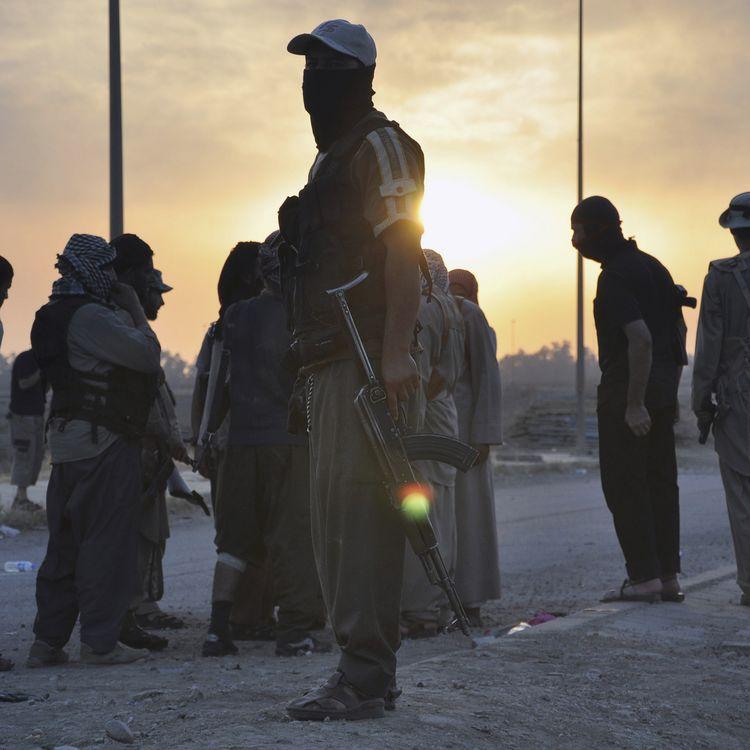 Un groupe de combattants de l'organisation Etat islamique à Mossoul (Irak) en juin 2014. (REUTERS)