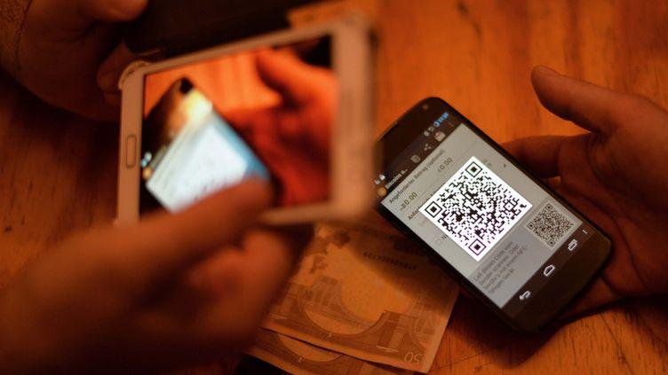 (Les monnaies virtuelles, comme le bitcoin, doivent être réglementées, affirme le CESE dans un avis. © MaxPPP)