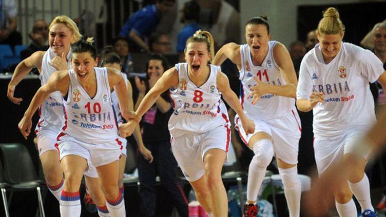 Les Serbes explosent de joie