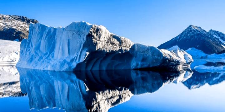 Un iceberg au Groënland  (Capture d'image France3/Culturebox)